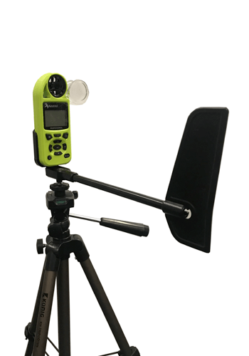 Kestrel 5200 weather station with tripod and vane mount